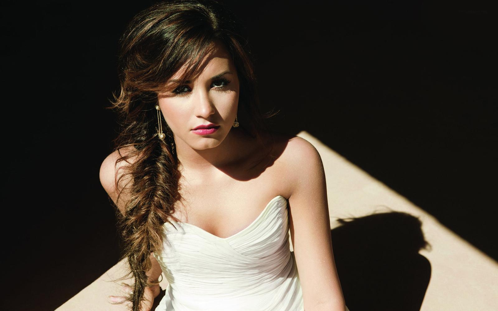 Demi Lovato 2015 Wallpaper HiresMOVIEWALLcom 1600x1000