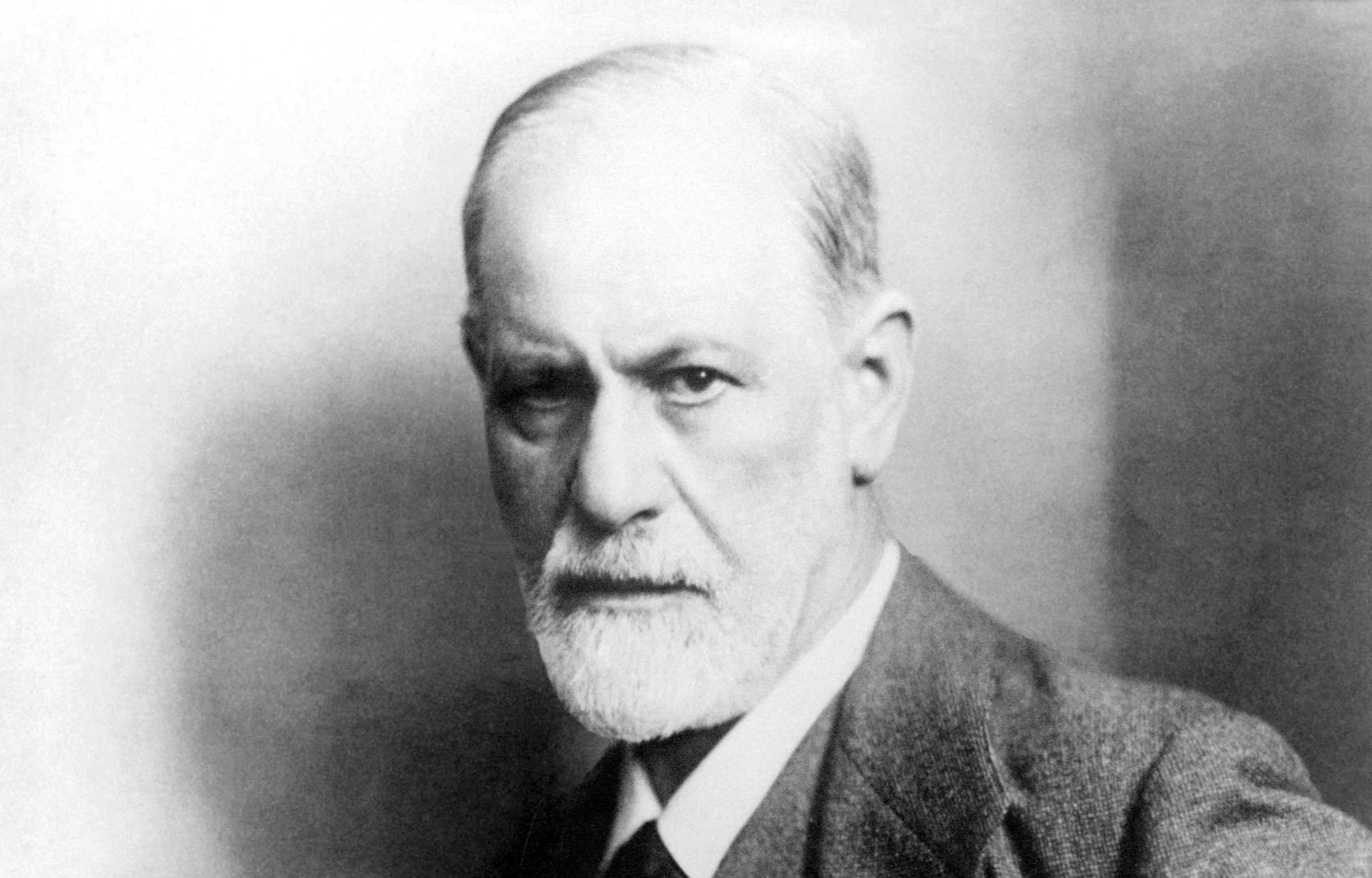 953169 Sigmund Freud Wallpapers Celebrities Backgrounds 2932x1876