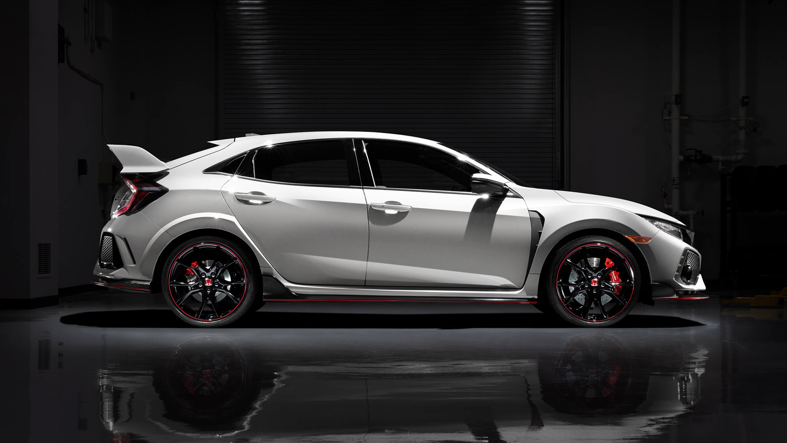 2018 Civic Type R Honda Canada 2560x1440