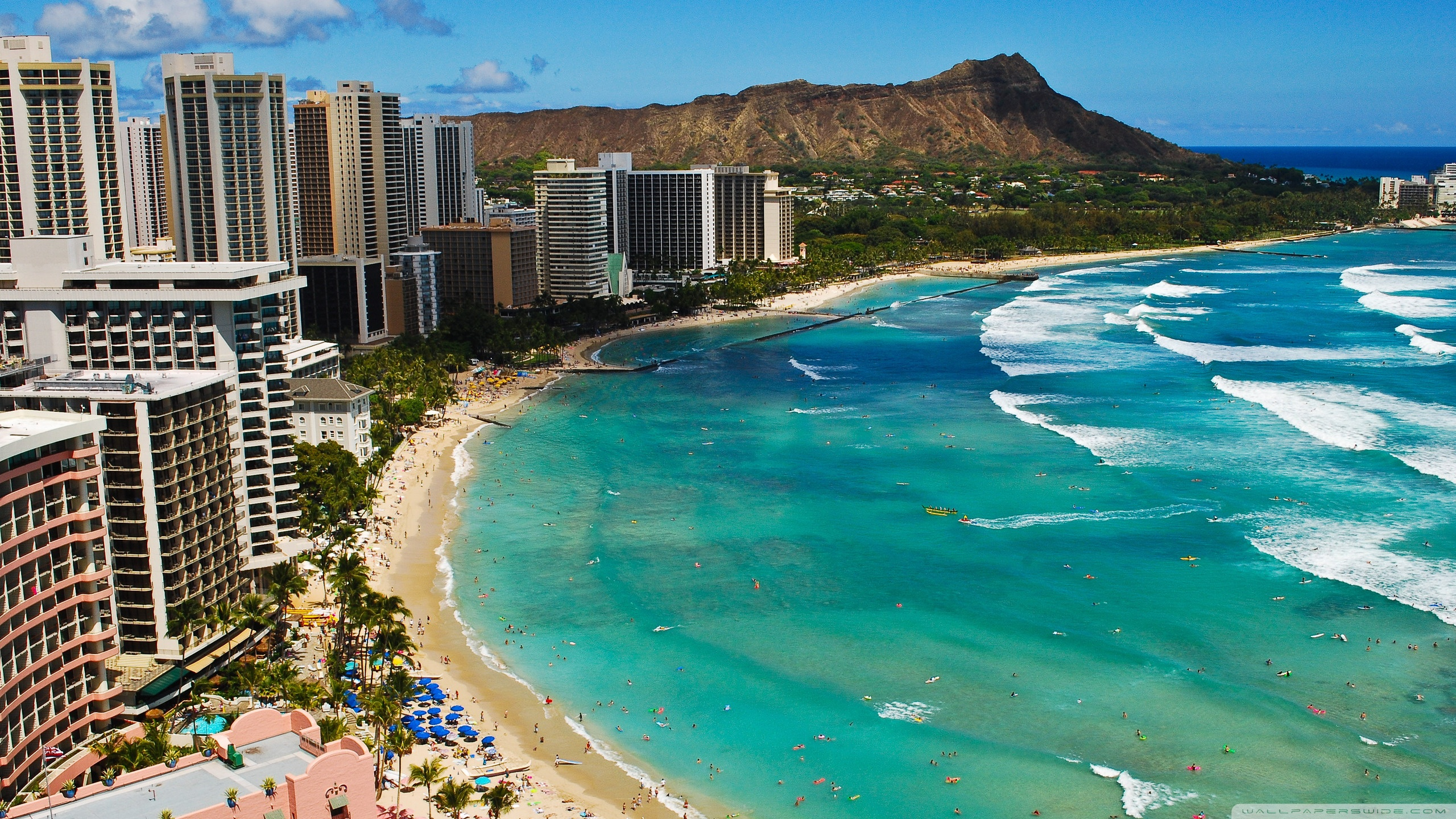 Waikiki Beach 4K HD Desktop Wallpaper for 4K Ultra HD TV Dual 2560x1440
