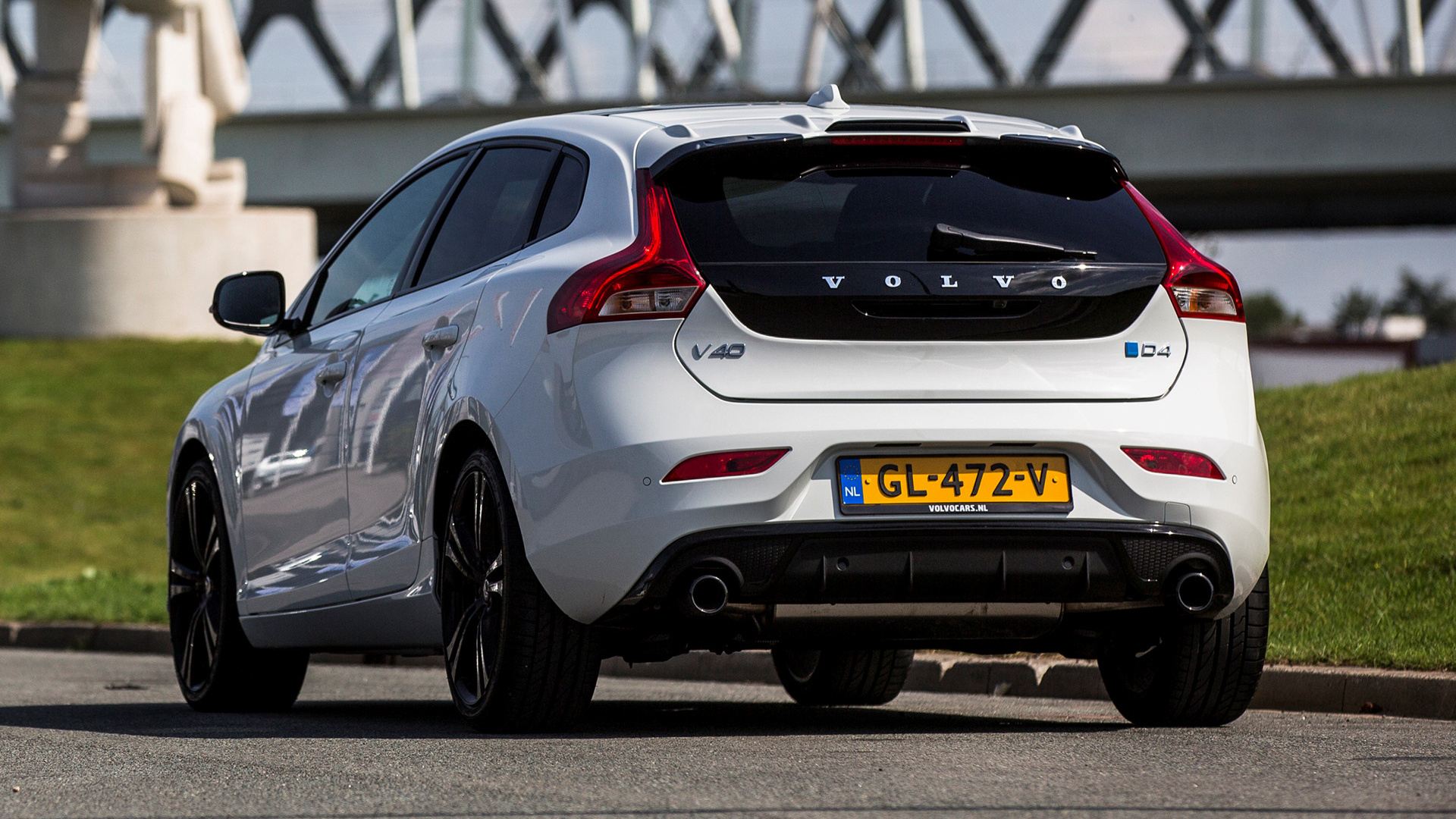 2015 Volvo V40 Carbon Edition   Wallpapers and HD Images Car Pixel 1920x1080