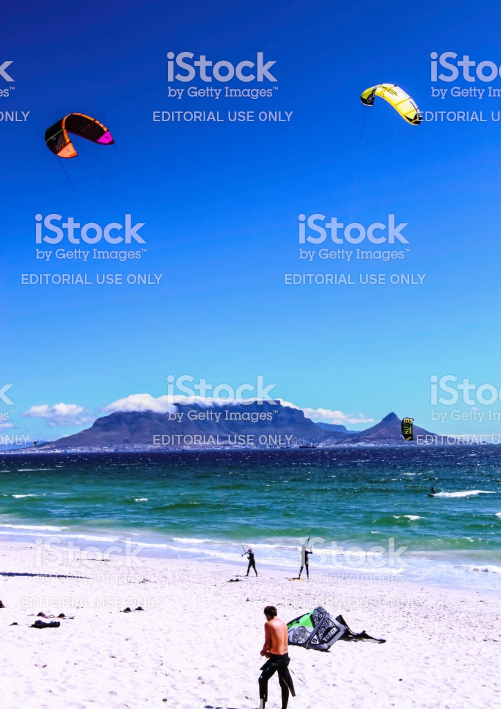 Cape Town 2011 Kiteboarding At Bloubergstrand With Table Mountain 725x1024