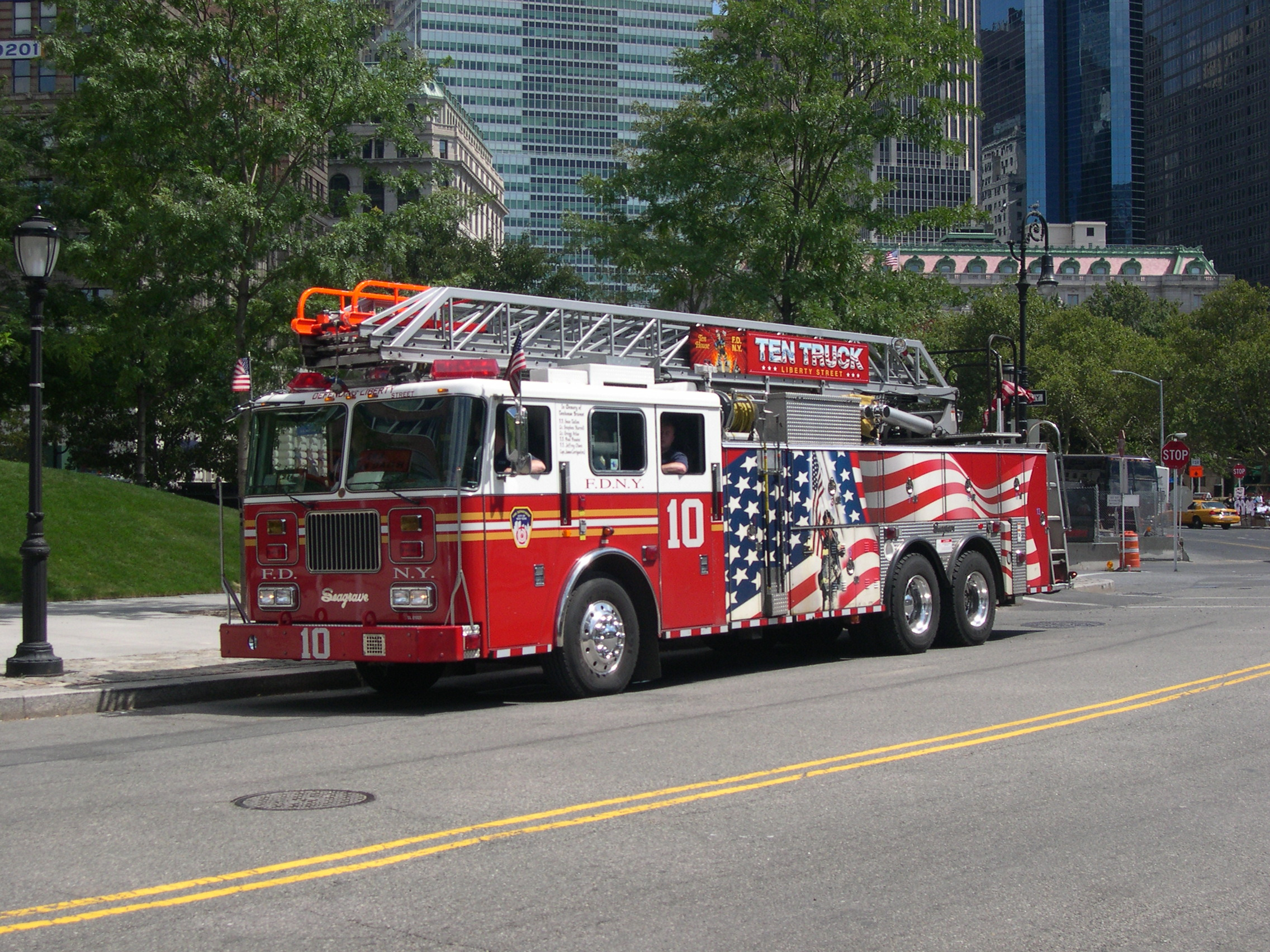 Vehicles   Fire Truck Truck Fire Engine Wallpaper 2272x1704