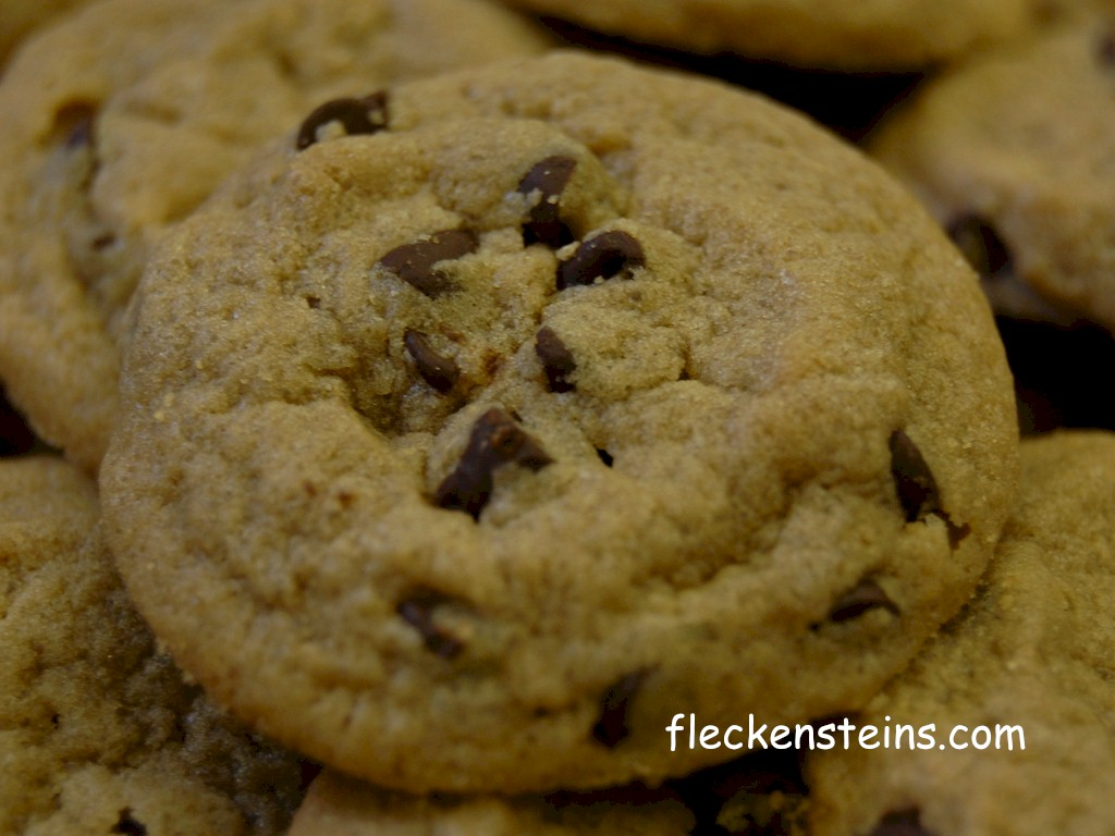 chocolate chip cookie wallpaper - photo #22