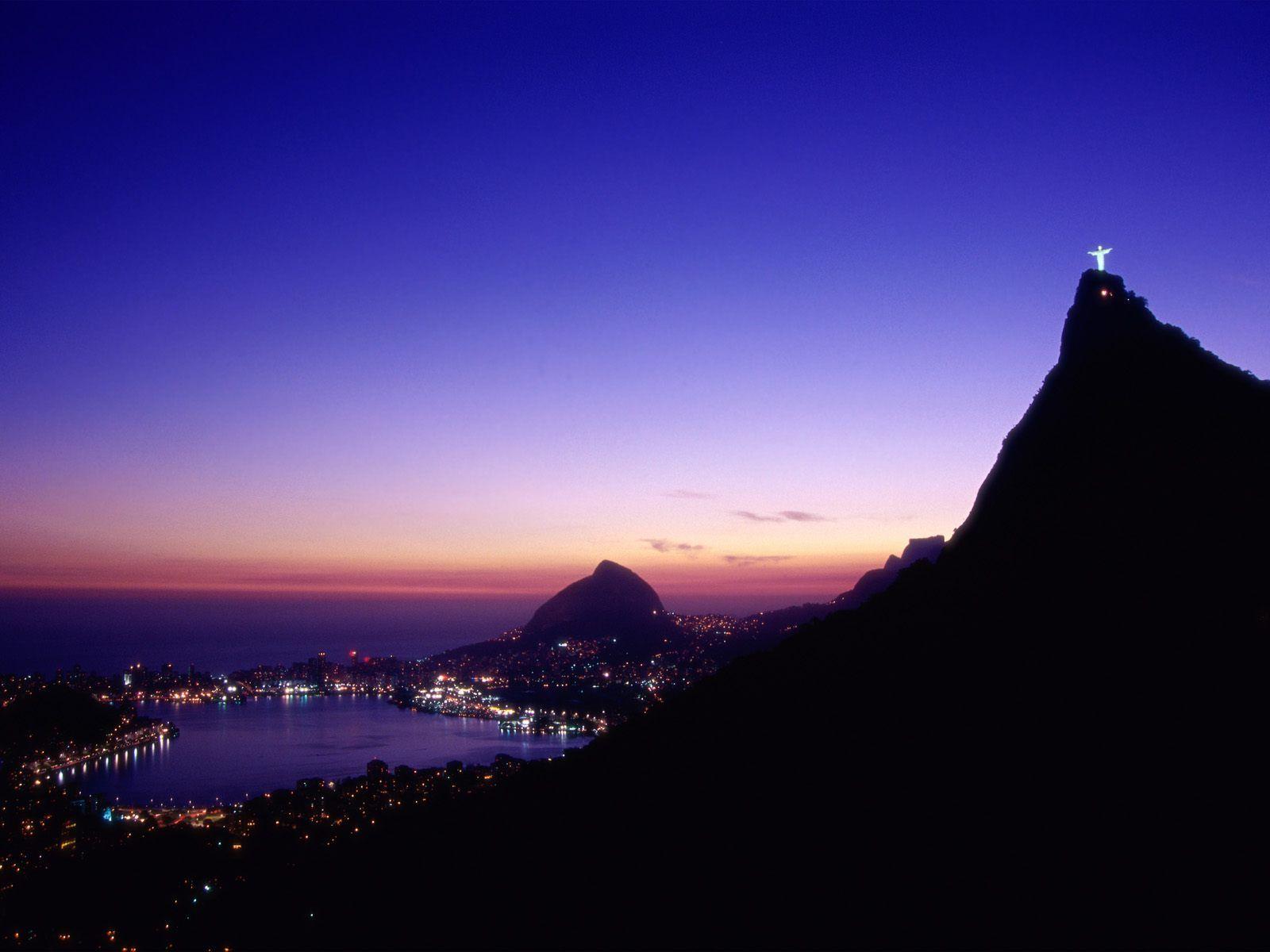 Papel de Parede Rio de Janeiro   Noite Wallpaper para Download no 1600x1200
