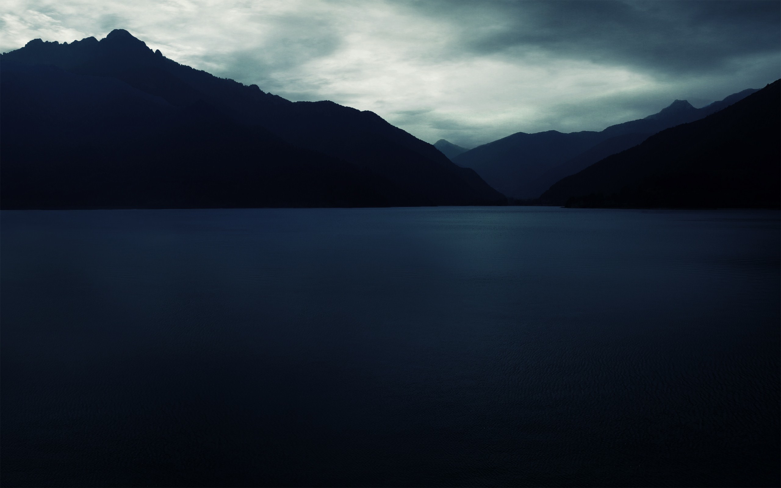 Beautiful Calm Sea   Desktop Backgrounds 2560x1600