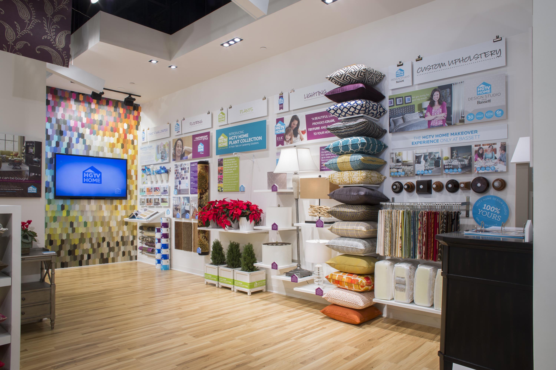 hgtv creates hgtv home pop up showroom and hgtv holiday house at mall 3000x2000