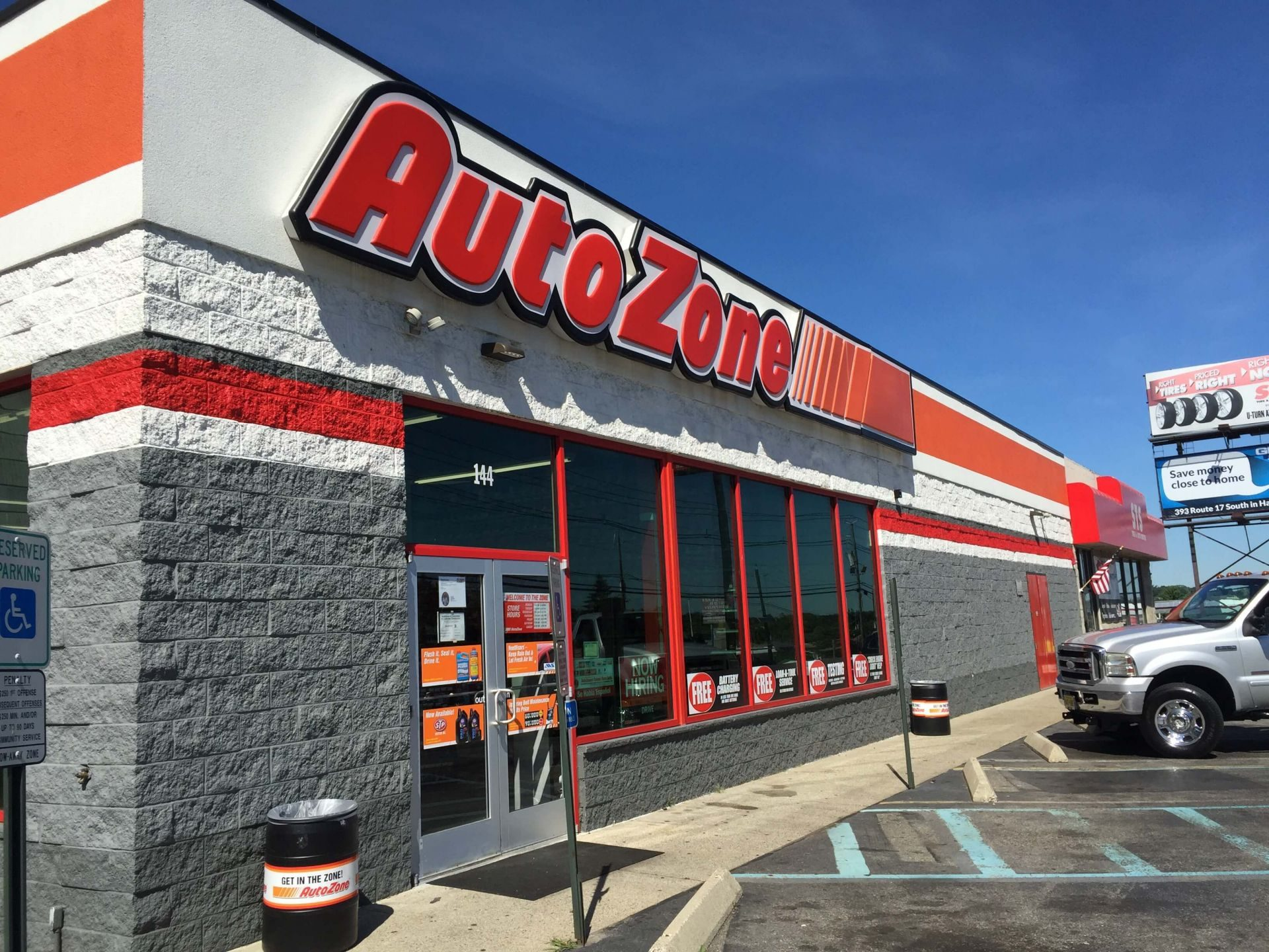 Autozone Cyzner Properties 1920x1440