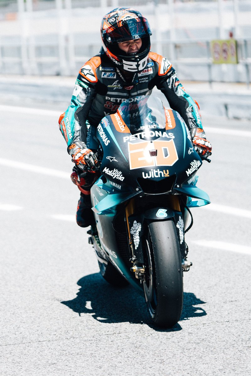 catalangp hashtag on Twitter 800x1199