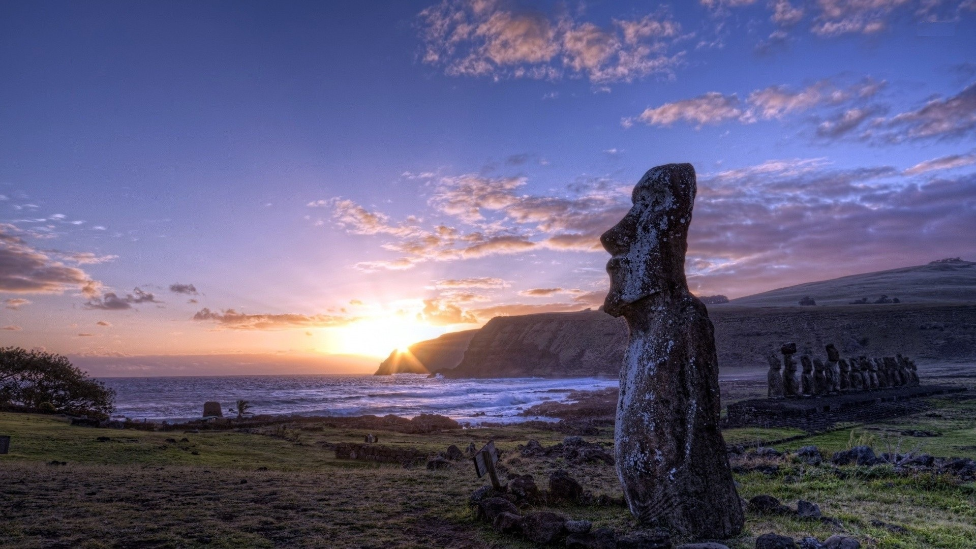 Easter Island in the Polynesian Triangle HD Wallpapers 1080p 1920x1080