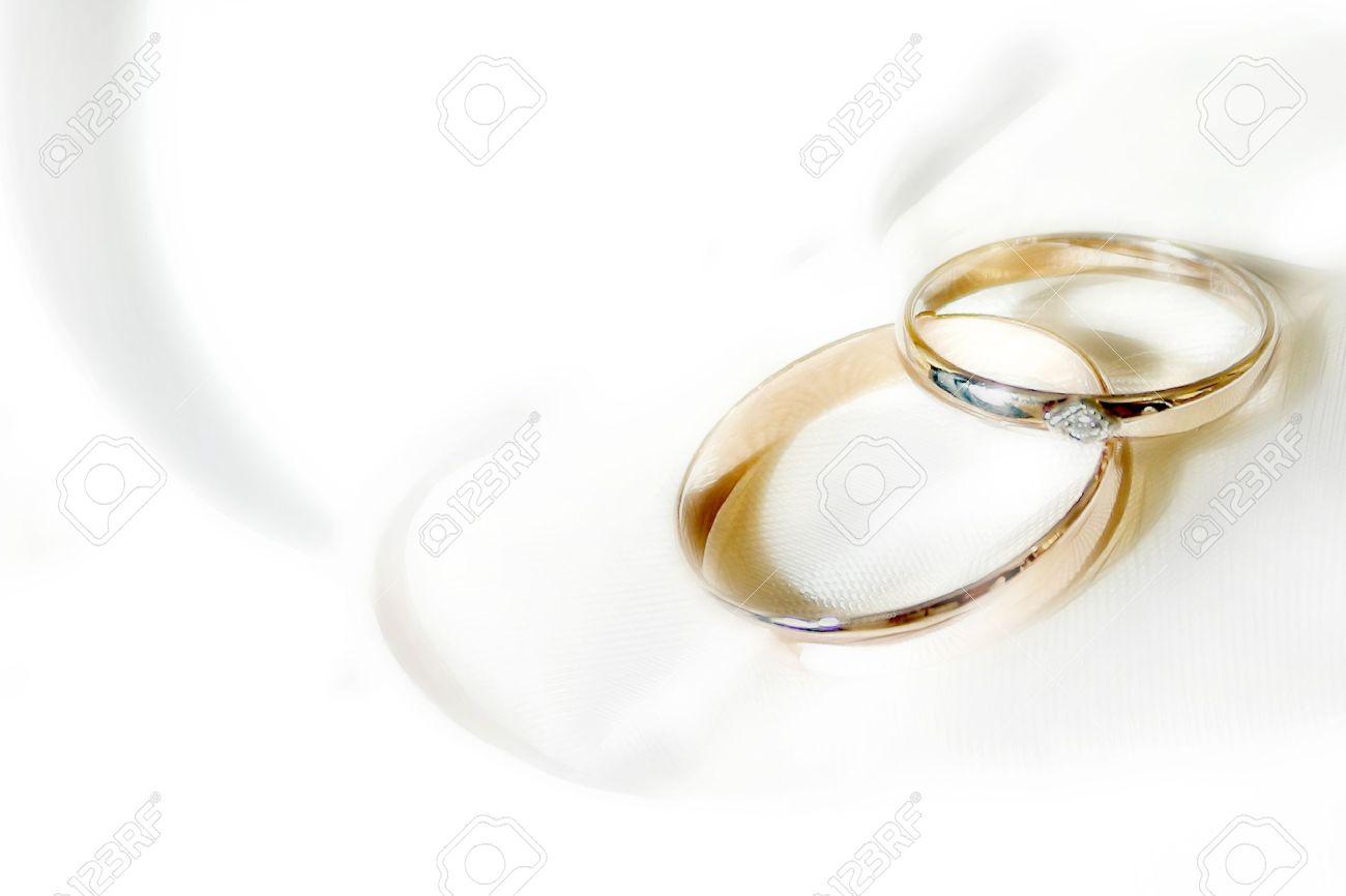 Inexpensive wedding rings Wedding ring background images 1300x866