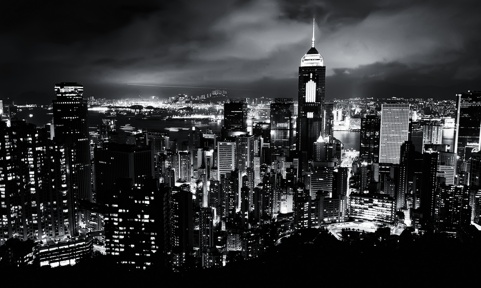 Black And White City Wallpaper - WallpaperSafari