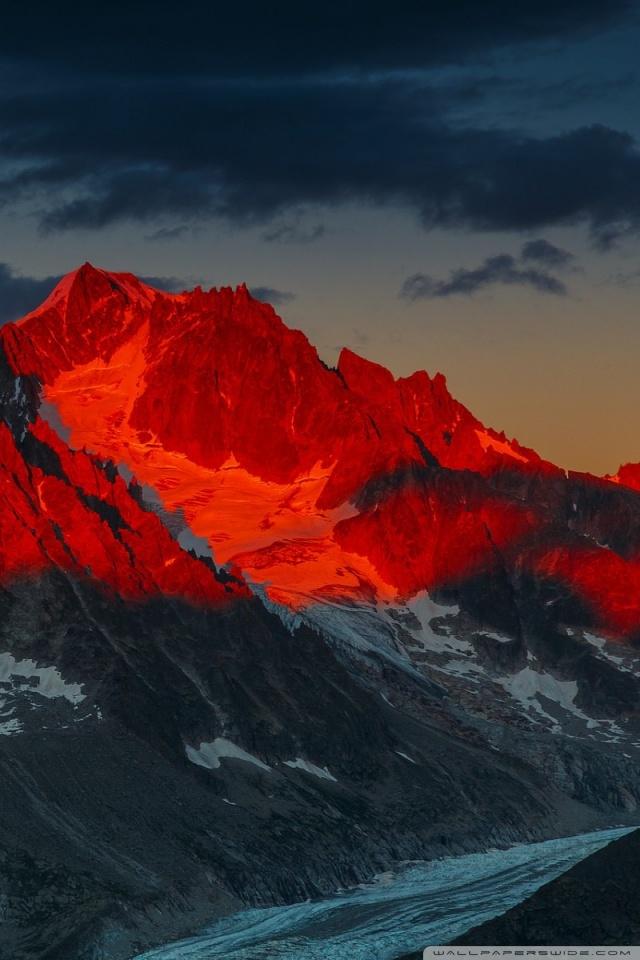 Alpenglow over the Argentiere Glacier France 4K HD Desktop 640x960