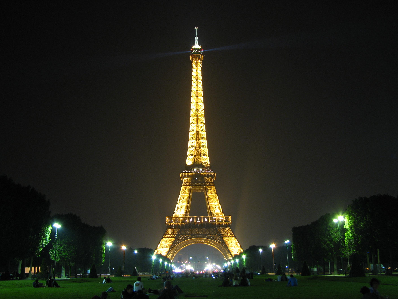 Sweet Paris Wallpaper Modern Eiffel Tower Background S For: Paris Eiffel Tower HD Wallpaper