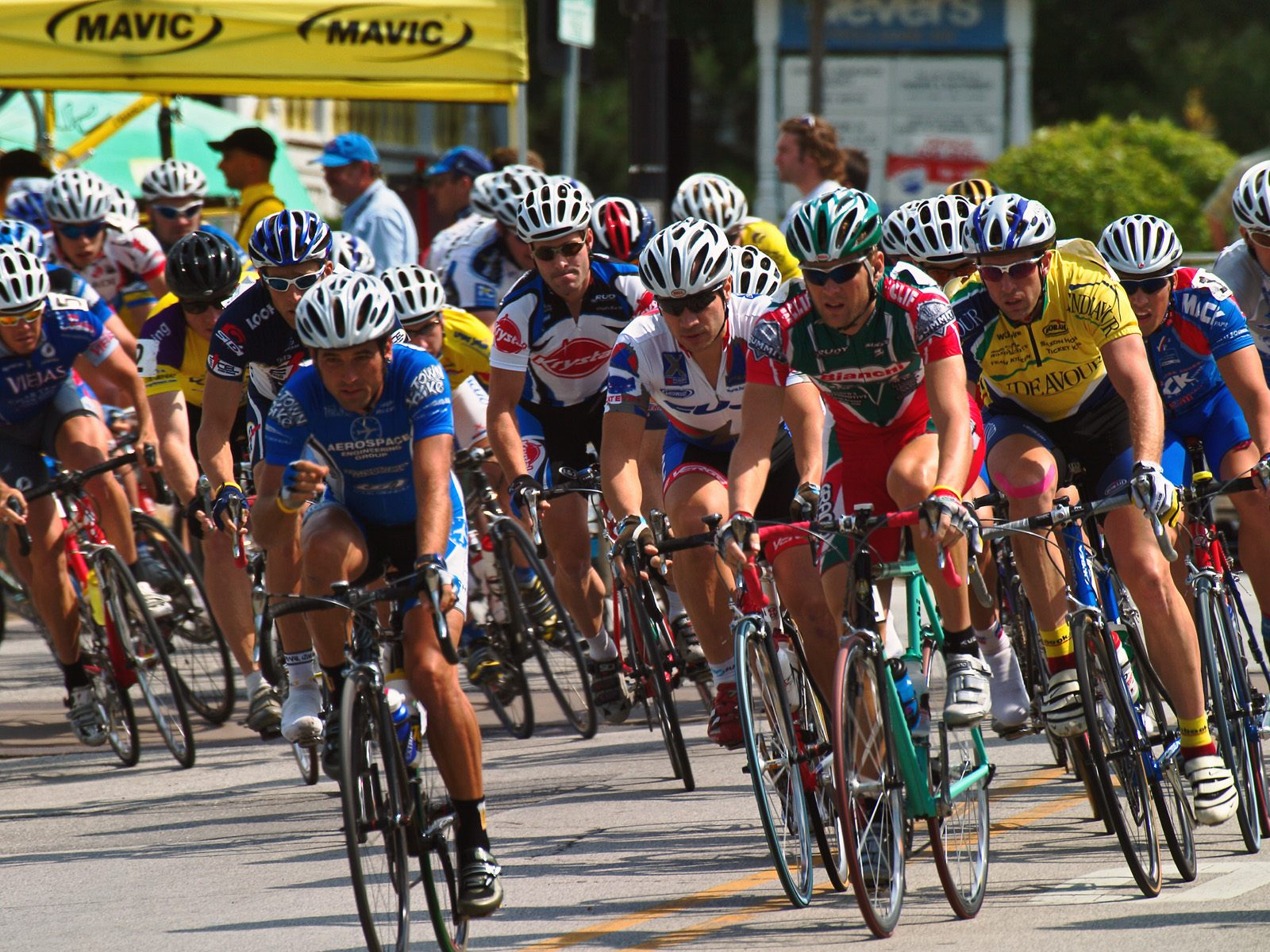 Professional Bicycle Racing Chicago Illinois   Sports Photography 1600x1200