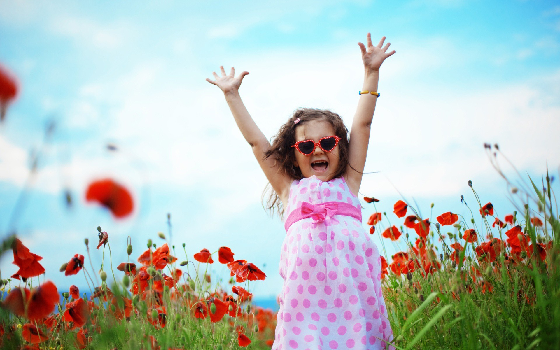 cute cool child girl Daily pics update HD Wallpapers Download 1920x1200