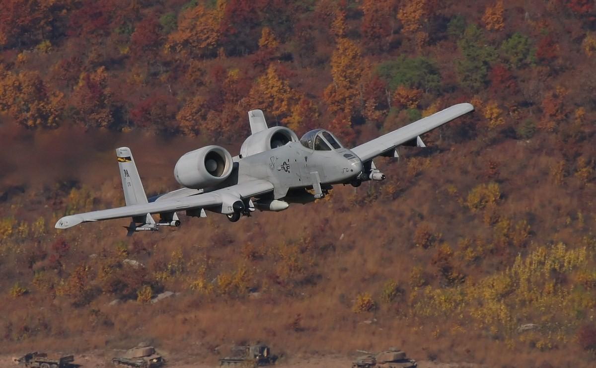 A10 ThunderBolt 1200x741