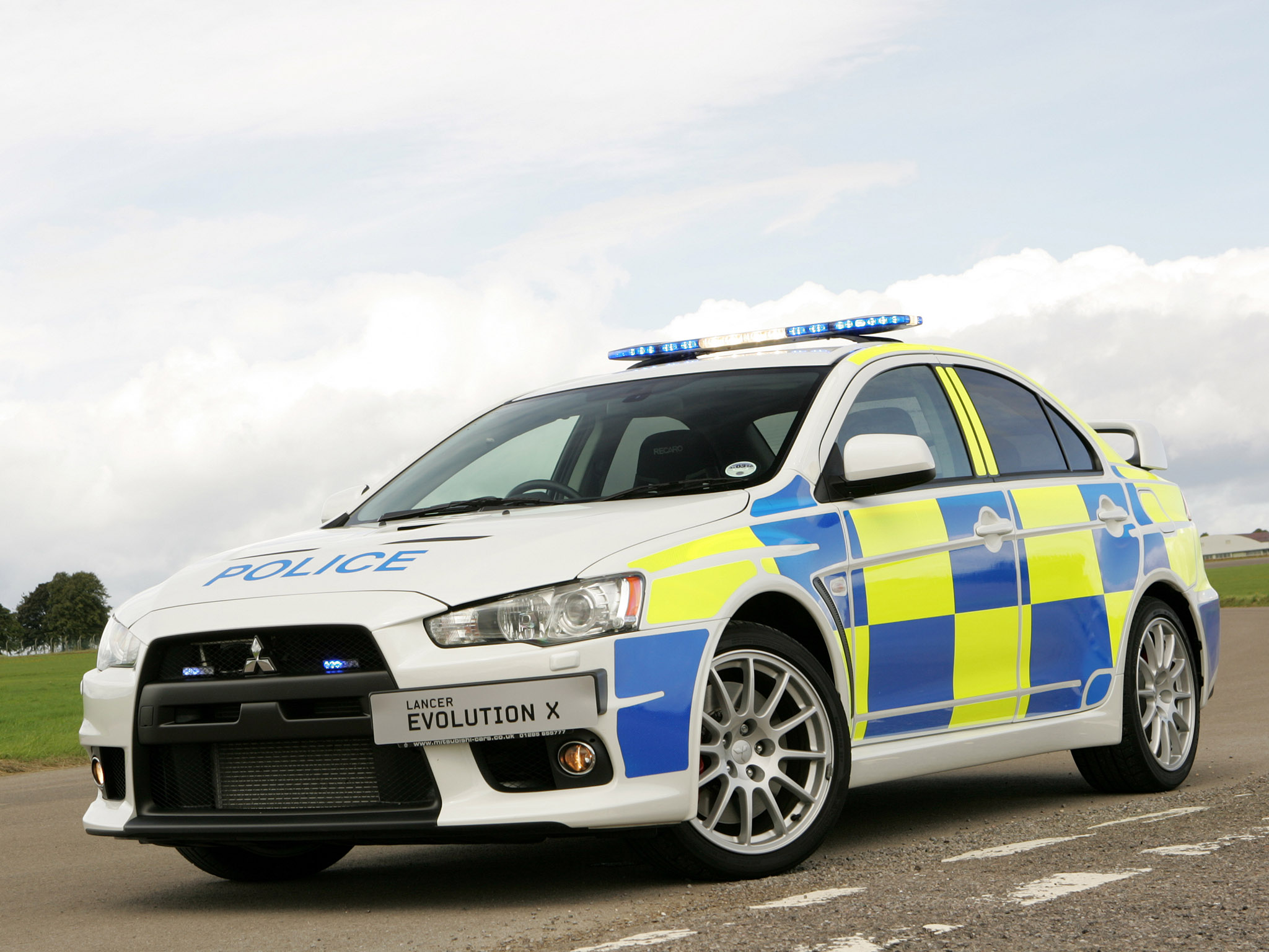 Mitsubishi Lancer Evolution X Police Edition Wallpapers | Car Walls