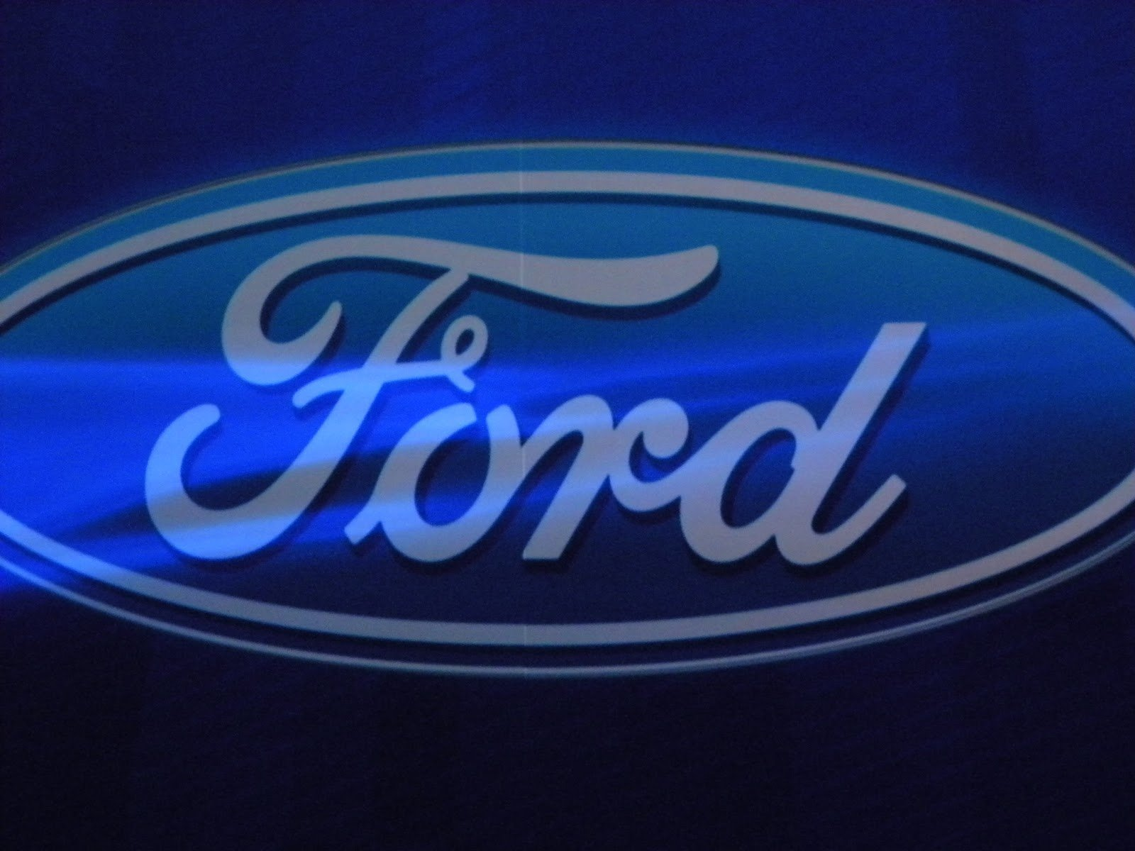ford logo background ford mustang ford mustang logo picture mustang 1600x1200