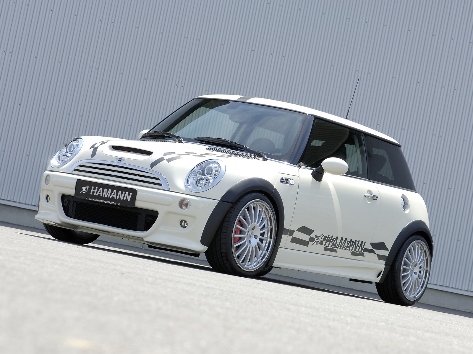 Mini Cooper Background Mini Cooper S Wallpaper 1600 x 1200 1600x1200