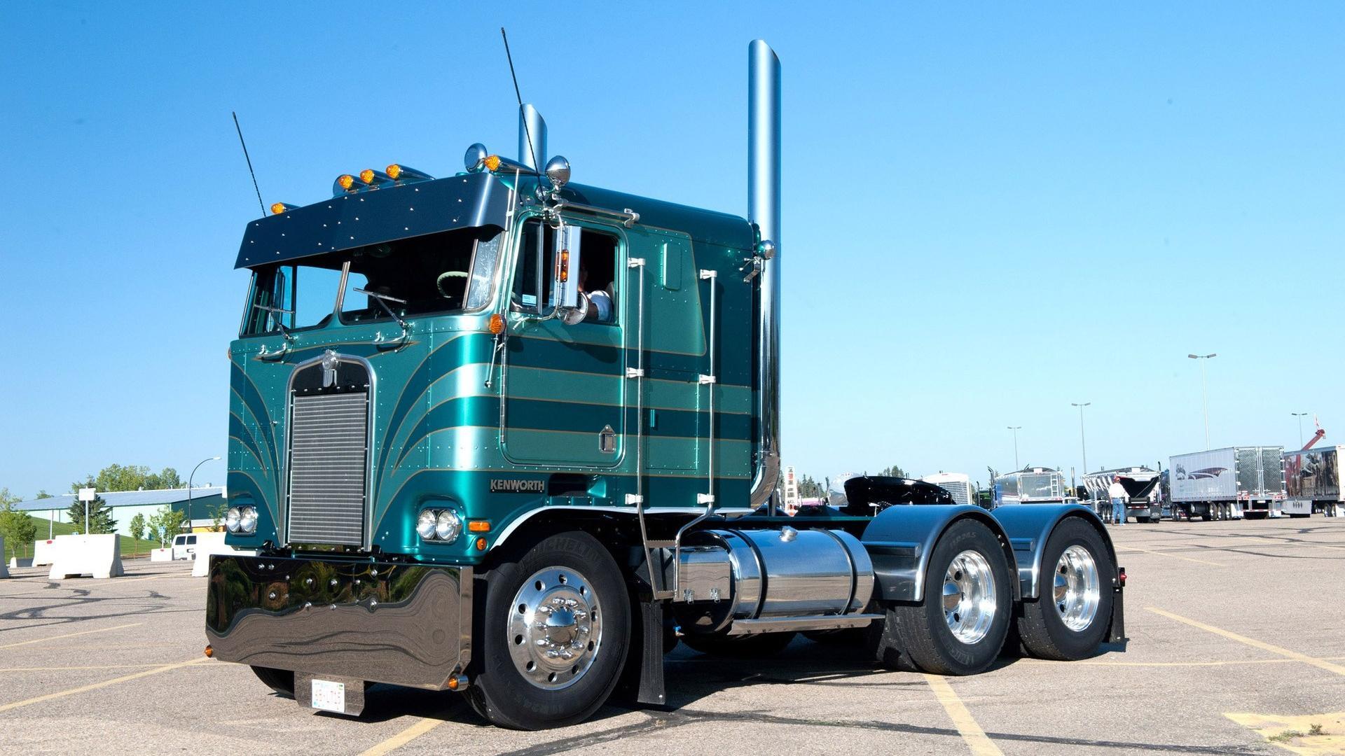 Wallpaper Trucks Kenworth - WallpaperSafari