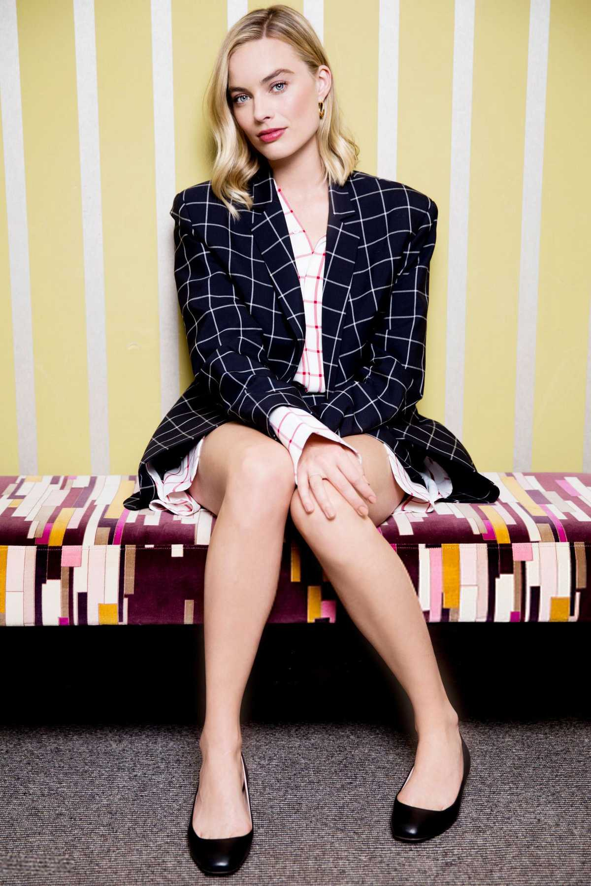 Margot Robbie images Margot Robbie   Sports Illustrated Photoshoot 1200x1800