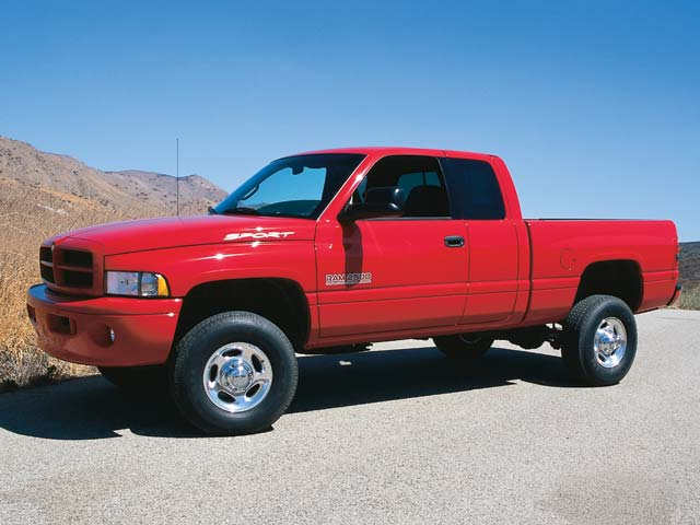 2001 Dodge Ram Cummins Diesel Front Side View 640x480