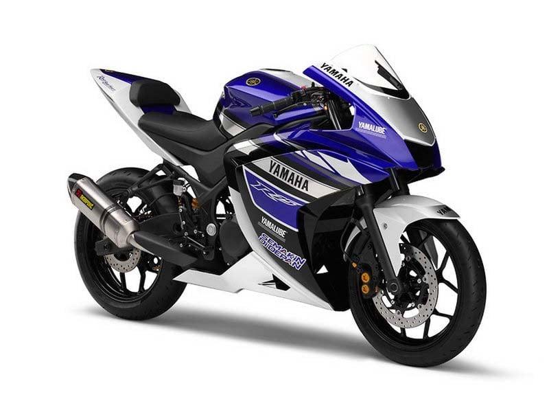 Yamaha R1 2016 800x600