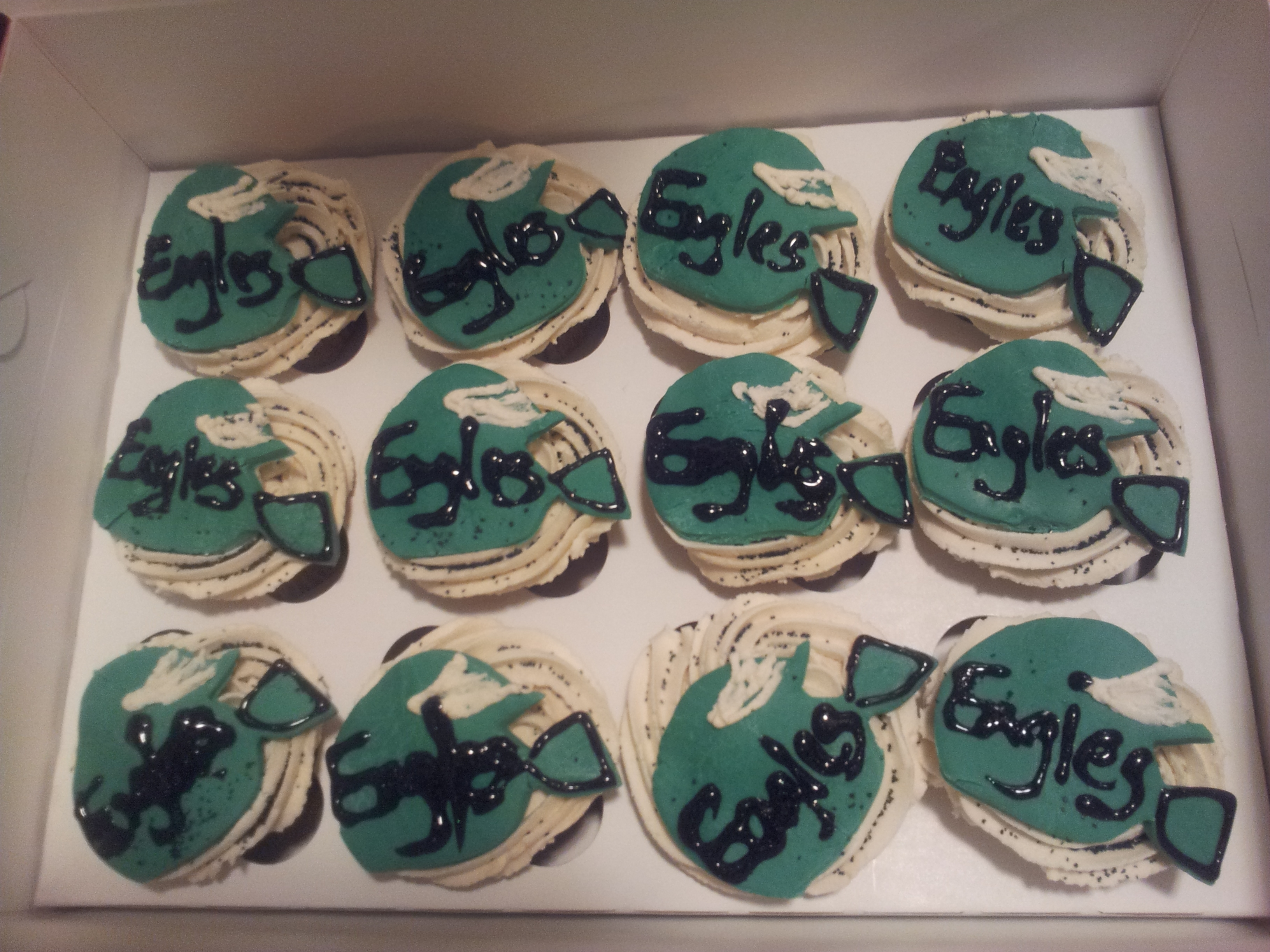 Pin Philadelphia Eagles Birthday Cake Choc Van With Strawberry Cake on 3264x2448
