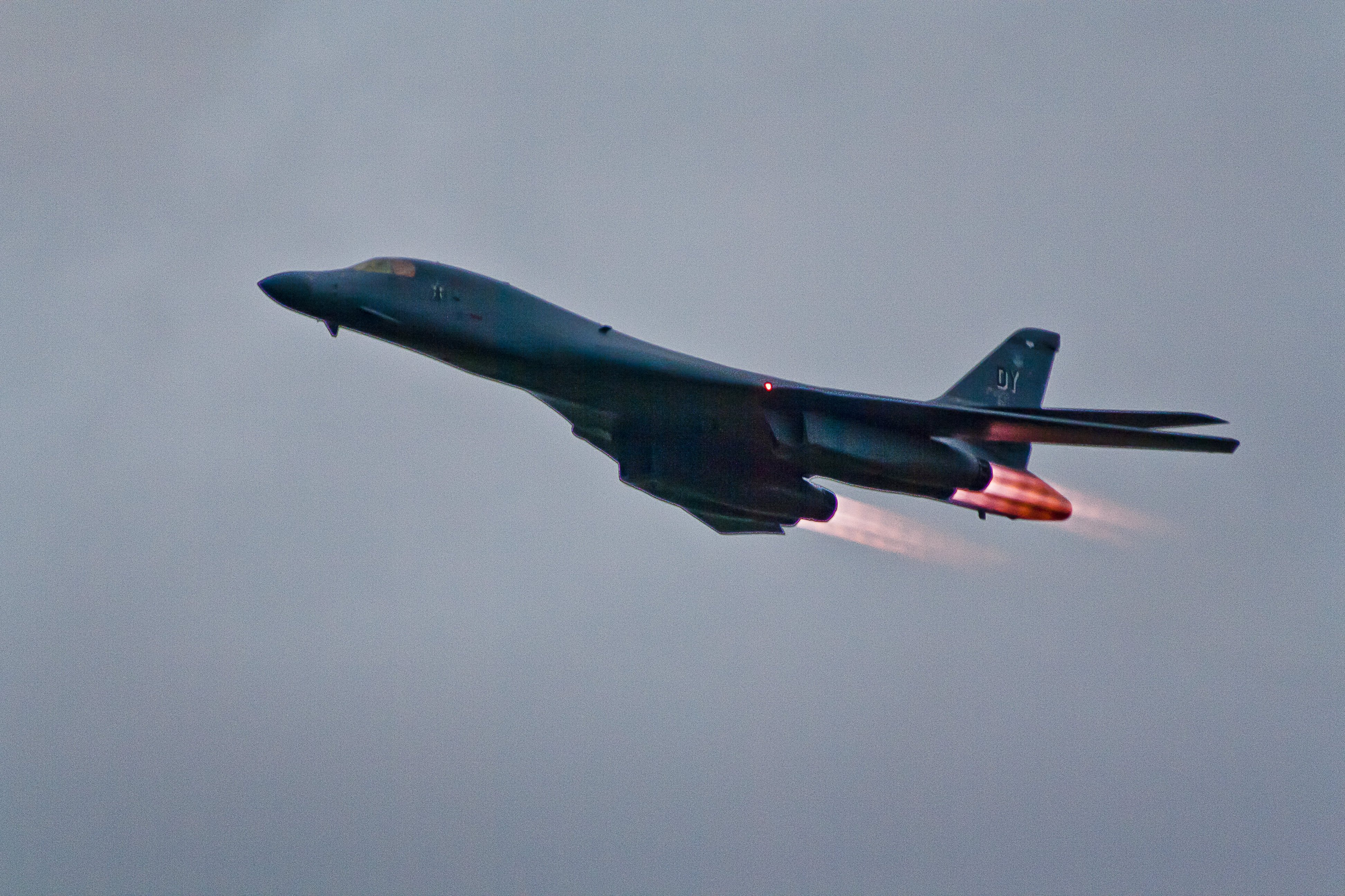 B 1B Bomber Wallpaper Pictures - WallpaperSafari B1 Lancer Wallpaper