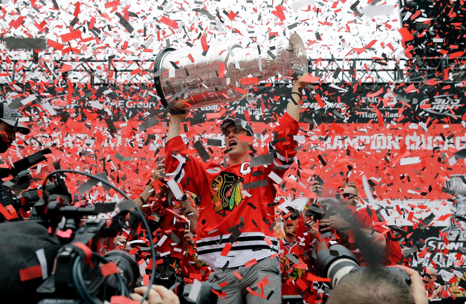 The Latest Confetti ends Blackhawks Stanley Cup rally   US News 1532x999