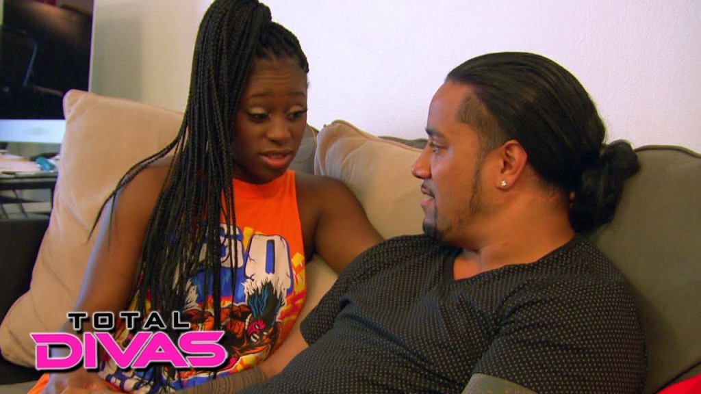 Photos WWE Superstar Jimmy Uso WWE Diva Naomi Get   HD Wallpapers 1024x576
