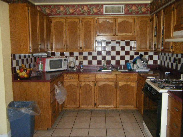 Tile backsplash over wallpaper wallpapersafari for Textured wallpaper for kitchen backsplash