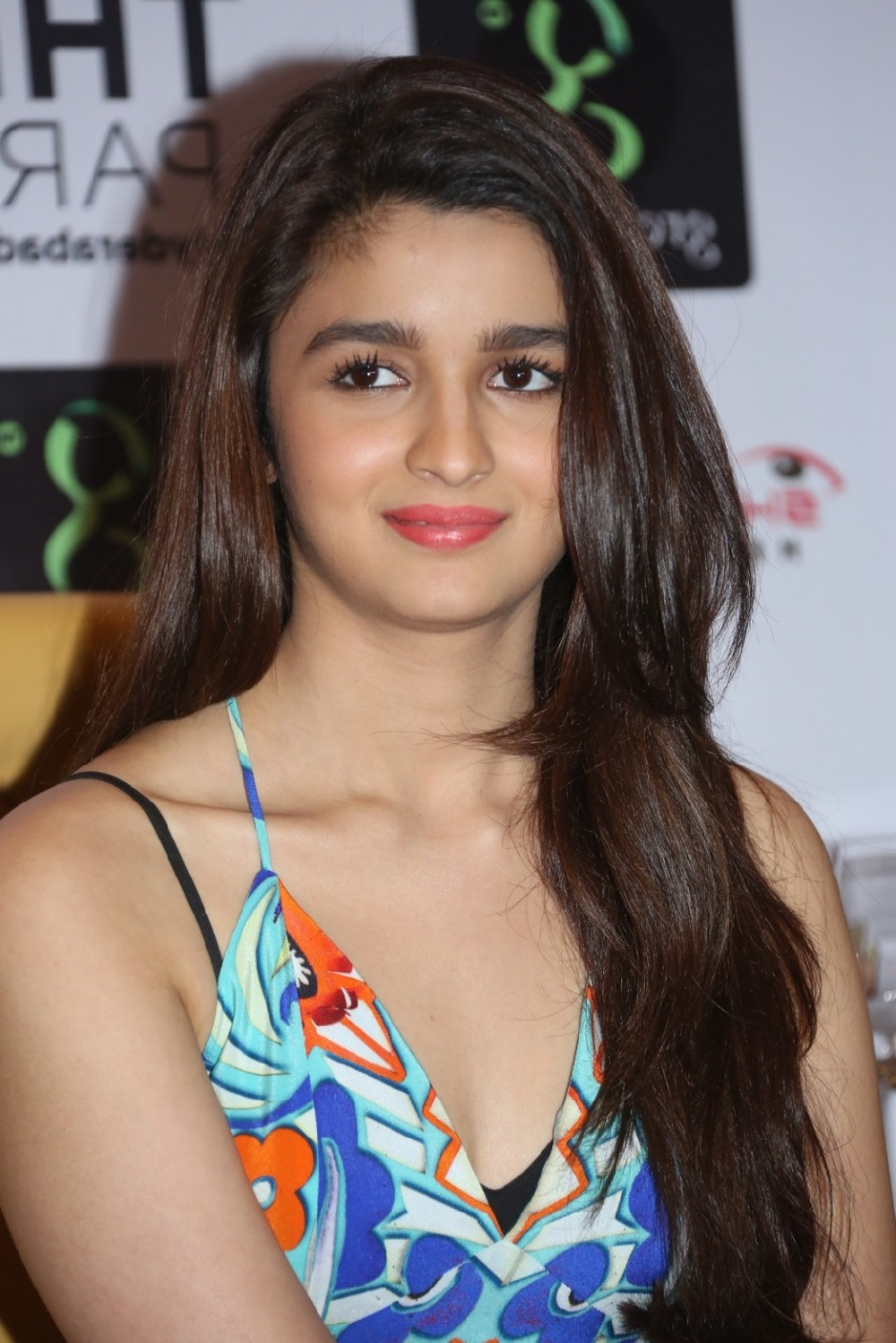 Alia Bhatt hot wallpapers All HD Wallpapers HD Background 1000x1499