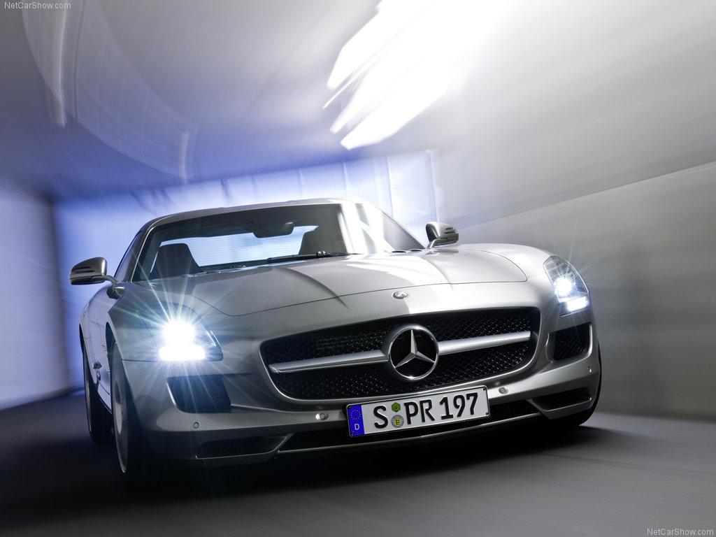 wallpaper 7 Mercedes SLS AMG Wallpapers 1024x768