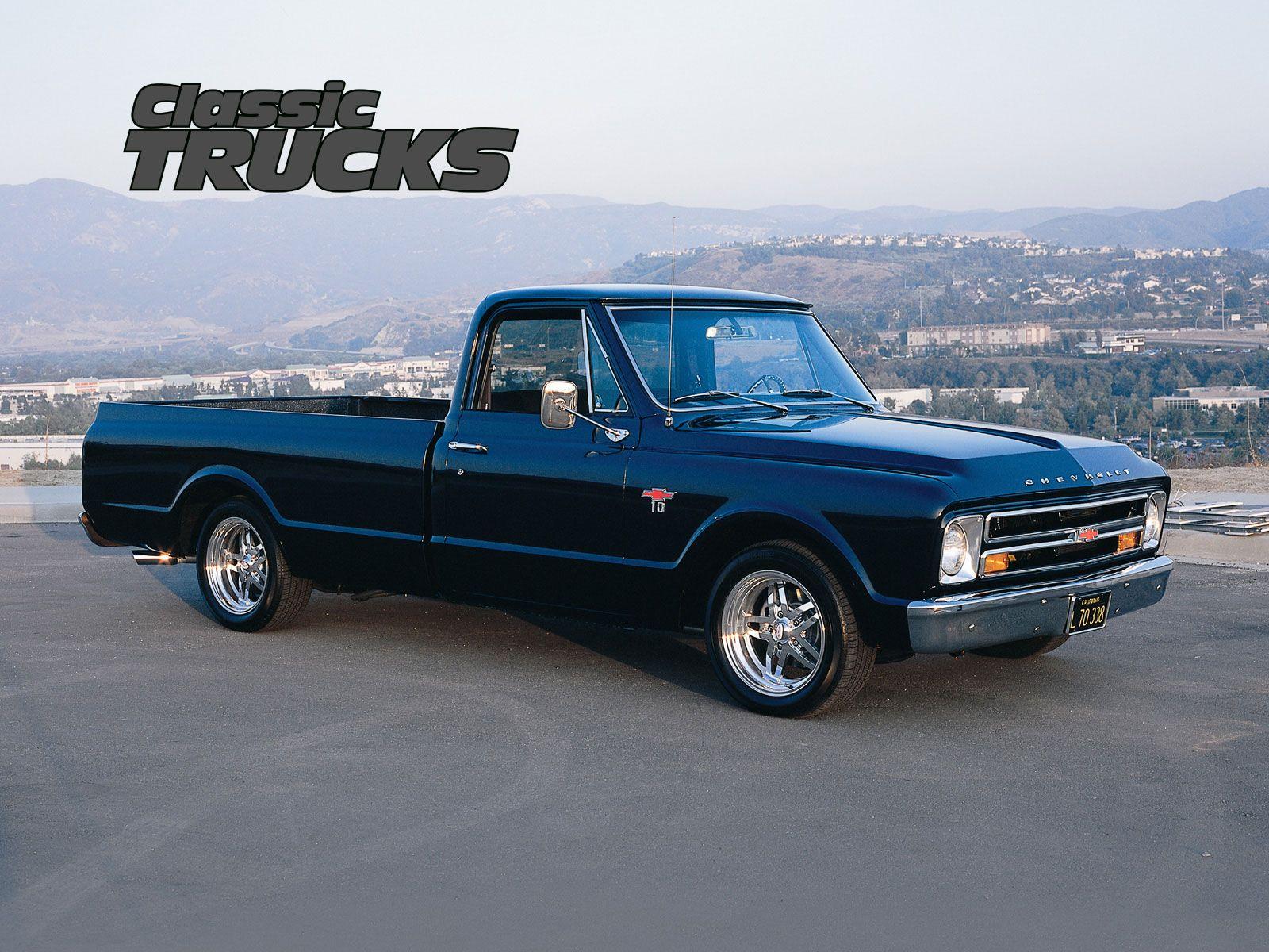 Old Pickup Classic Trucks 1600x1200