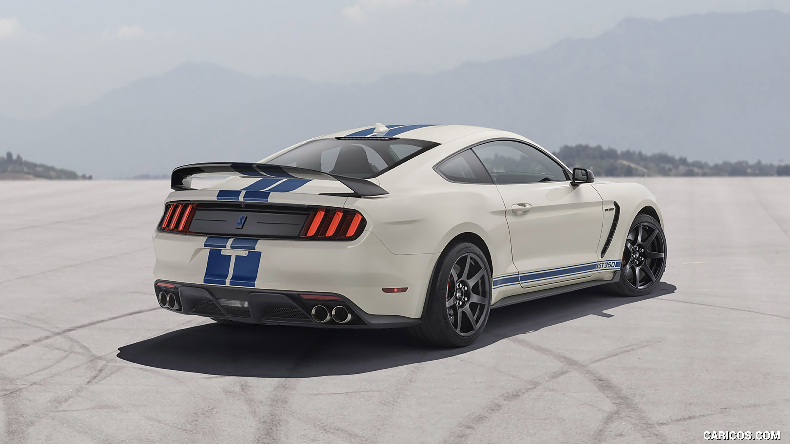 2020 Ford Mustang Shelby GT350 Heritage Edition Package   Rear 2560x1440