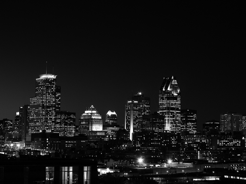 Montreal Wallpaper BW by fiona 800x600