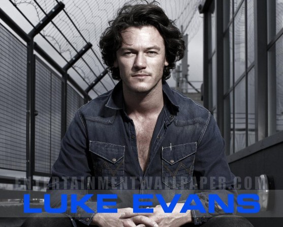 Luke Evans Dracula Untold Hd Actor Wallpaper Apps Directories 557x446