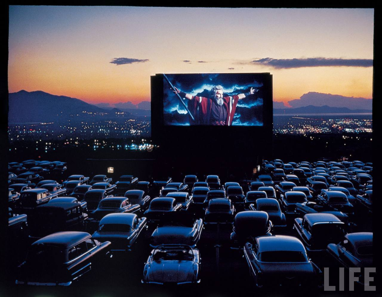 40 Drive In Theater Wallpaper On Wallpapersafari