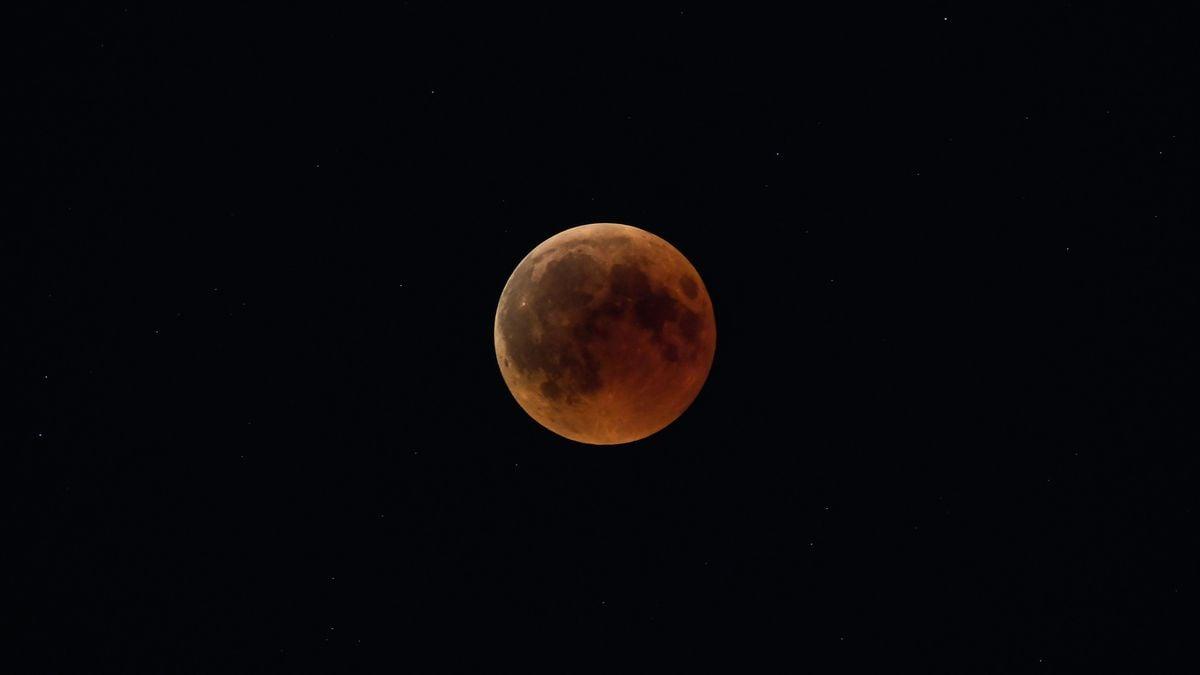 red moon 2019 energy -#main
