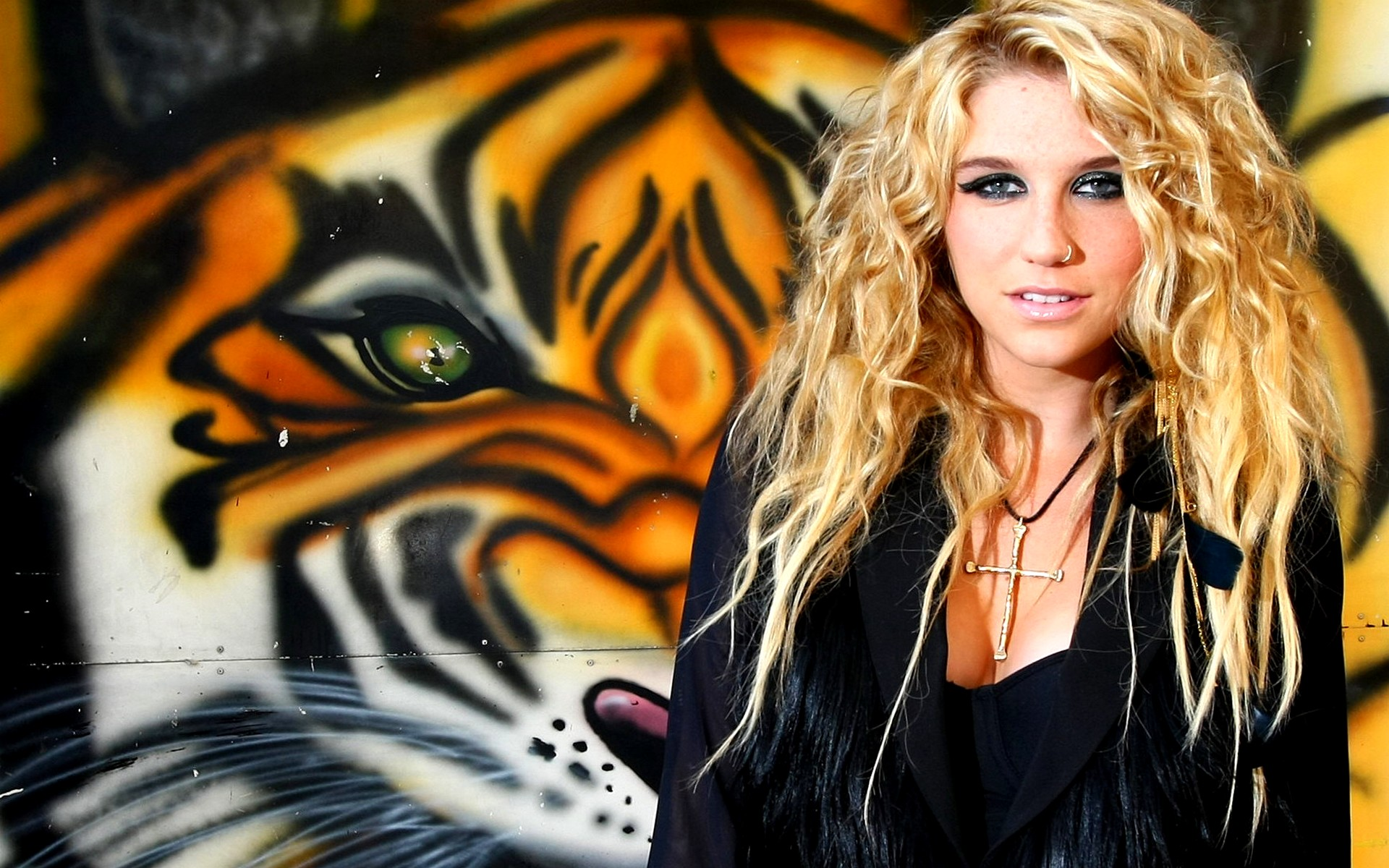 Papel de Parede Kesha Tigre Wallpaper para Download no Celular ou 1920x1200