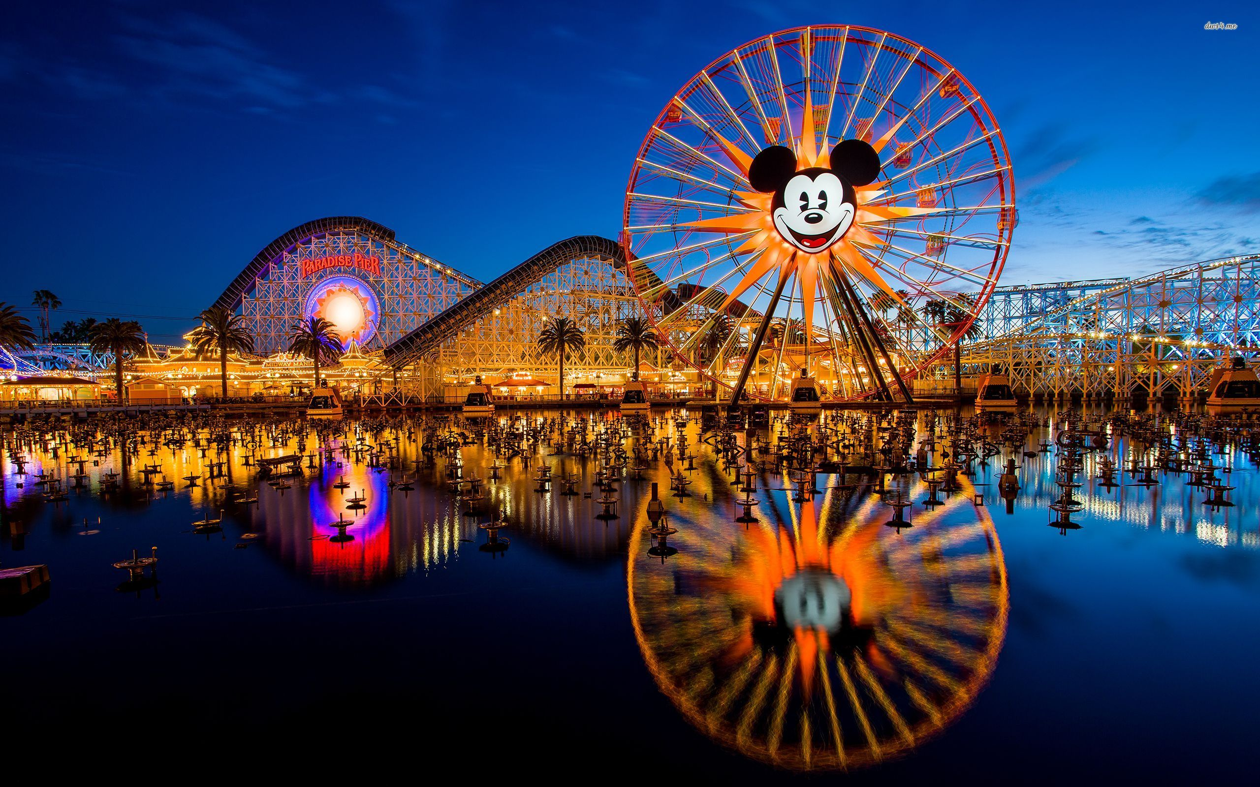 34 Disneyland Park Wallpapers On Wallpapersafari