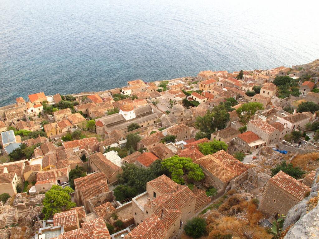 Monemvasia Castles in Peloponnese   peloponnese tour 1024x768