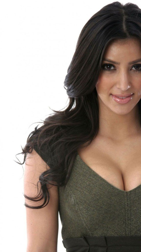 download Kim Kardashian Cute Iphone 5 Wallpaper HD Wallpapers