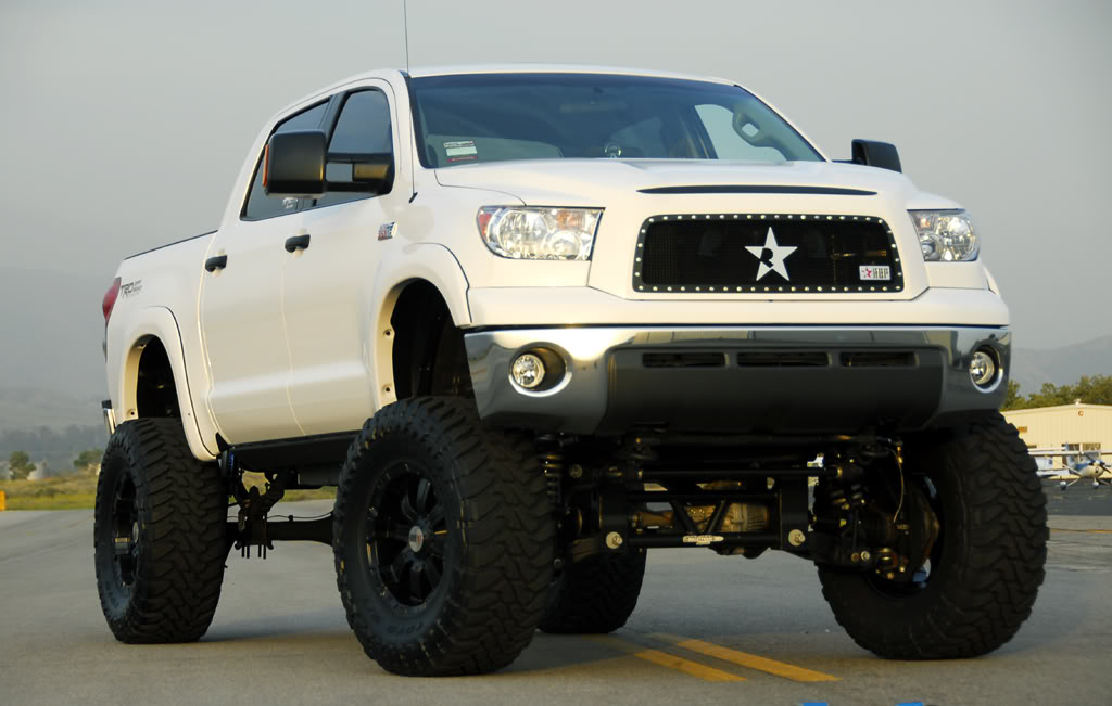 Lifted Toyota Trucks Images Pictures   Becuo 1024x651