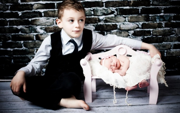 Brother And Sister Sleep click to view 620x390