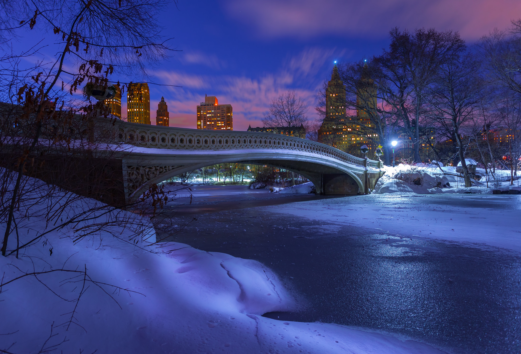 Winter Night in Central Park HD Wallpaper Background Image 2048x1393