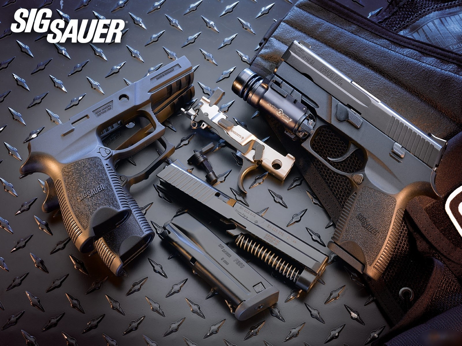 Sig Sauer Pistol Wallpaper and Background Image 1600x1200 ID 1600x1200