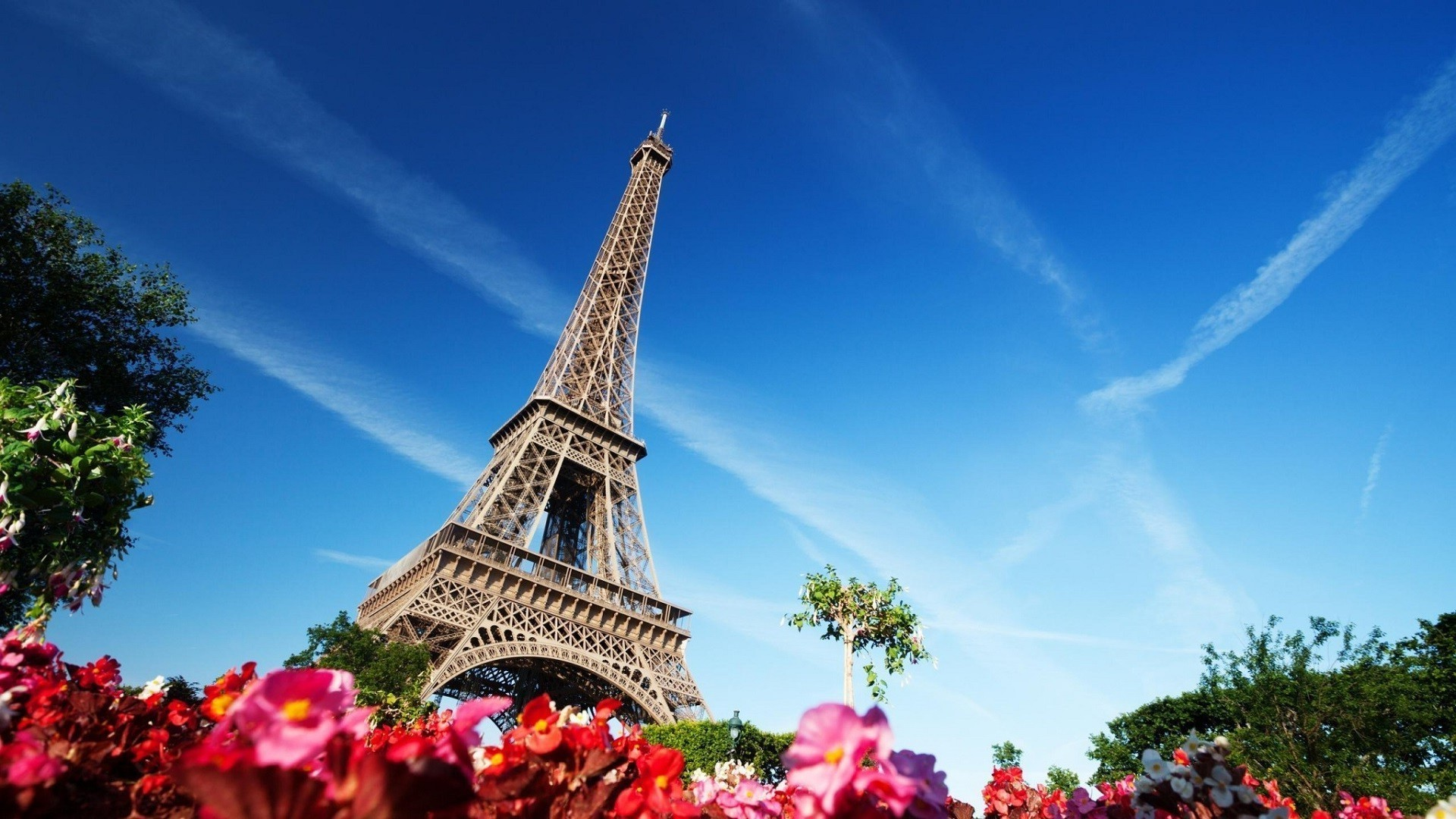 30 Paris France Eiffel Tower Wallpapers On Wallpapersafari